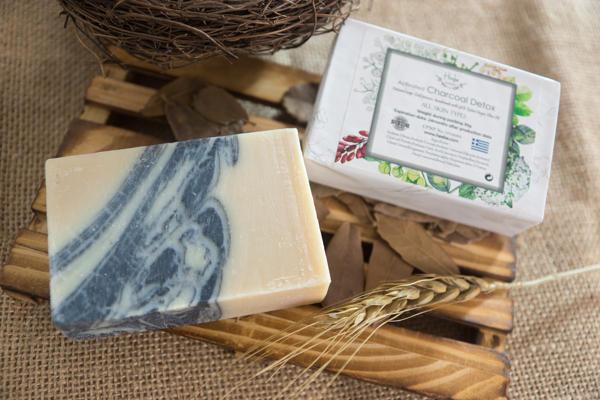 【HEEBE 希臘女神】深層清潔組  (薰衣草橄欖皂*1+活性碳橄欖皂*1) 3