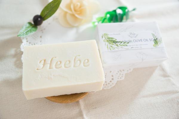 【HEEBE 希臘女神】基礎保濕組 (經典橄欖皂*1+洋甘菊橄欖皂*1) 2